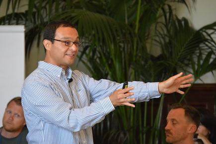 Rudy Mendoza-Denton presents at the 2014 GGSC SIE