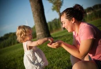 Being Kind Makes Kids Happy