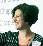 Laura Tavares