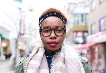 """How the """"Strong Black Woman"""" Identity Both Helps and Hurts"""
