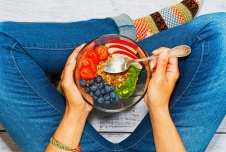 This Emotion Can Help You Eat Healthier