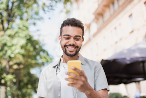 How Technology Can Be Part of a Happy Life