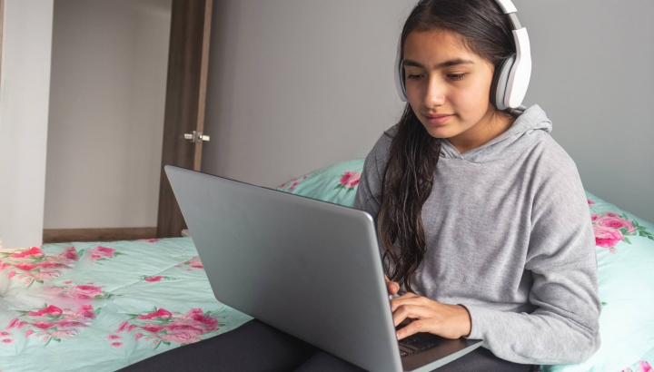 Three Ways to Help Your Kids Succeed at Distance Learning