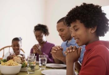 Seven Ways to Foster Gratitude in Kids