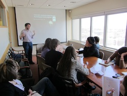 Harvard psychology professor Joshua Greene addresses the Science of the Mind class in 2012.