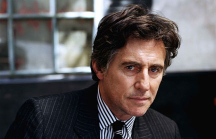 The HBO series <i> In Treatment </i> follows the work of psychotherapist Paul Westin, played by Gabriel Byrne.